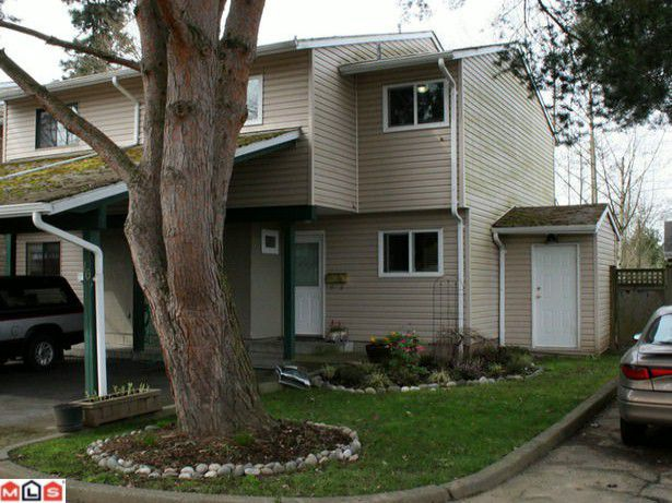 """Main Photo: 16 20595 51A Avenue in Langley: Langley City Townhouse for sale in """"FORESTVIEW"""" : MLS®# F1008504"""