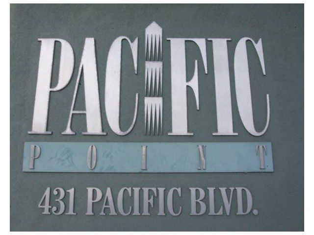 """Main Photo: A401 431 PACIFIC Street in Vancouver: Downtown VW Condo for sale in """"PACIFIC POINT"""" (Vancouver West)  : MLS®# V823028"""