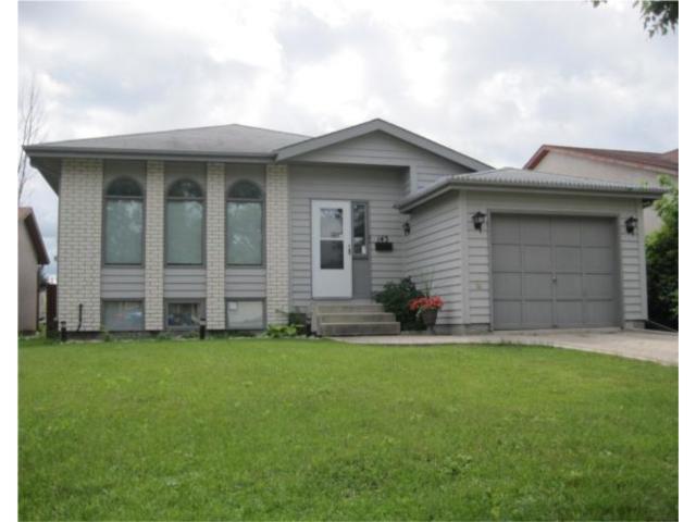 Main Photo: 143 AMERSHAM Crescent in WINNIPEG: St Vital Residential for sale (South East Winnipeg)  : MLS®# 1014356