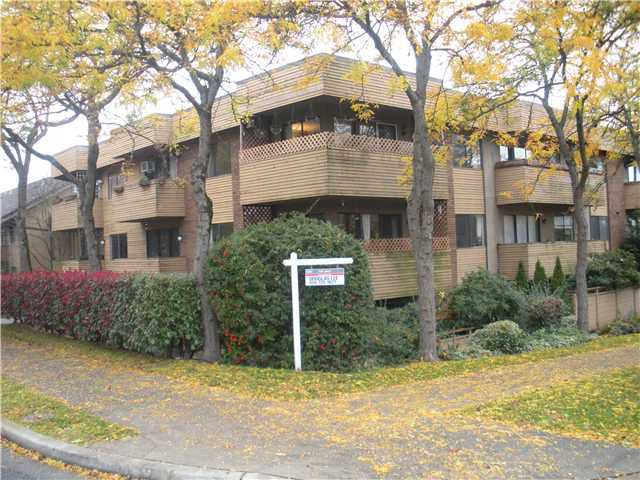 """Main Photo: 104 349 E 6TH Avenue in Vancouver: Mount Pleasant VE Condo for sale in """"LANDMARK HOUSE"""" (Vancouver East)  : MLS®# V860695"""