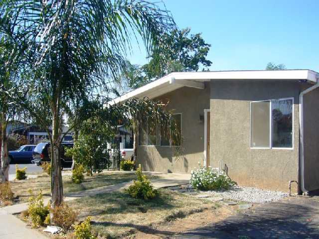 Main Photo: EAST ESCONDIDO Condo for sale : 2 bedrooms : 1638 E. Grand Ave. in Escondido