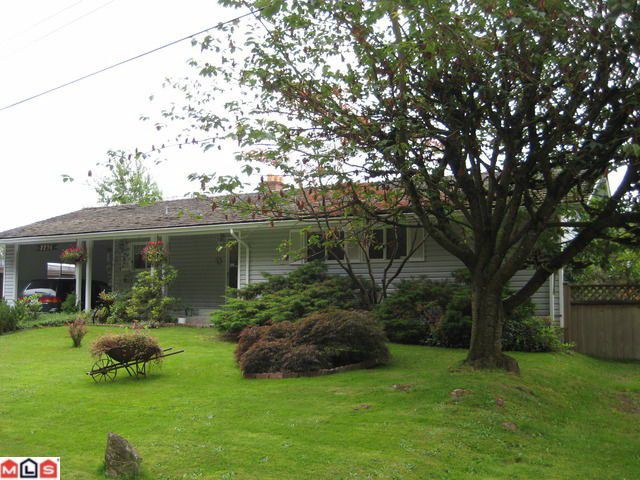 "Main Photo: 2236 GLADWIN Road in Abbotsford: Central Abbotsford House for sale in ""Mill Lake area"""