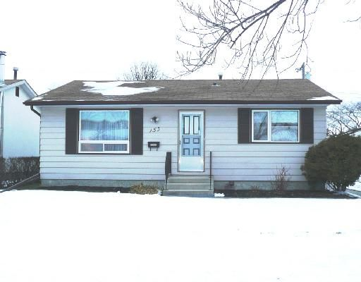 Main Photo: 153 HAZELWOOD Crescent in WINNIPEG: St Vital Residential for sale (South East Winnipeg)  : MLS®# 2821590