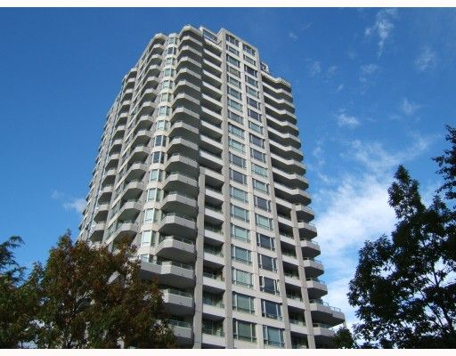 "Main Photo: 750 4825 HAZEL Street in Burnaby: Forest Glen BS Condo for sale in ""THE EVERGREEN"" (Burnaby South)  : MLS®# V790420"