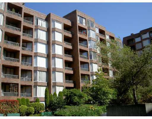 "Main Photo: 216 1330 BURRARD Street in Vancouver: Downtown VW Condo for sale in ""ANCHOR PONT I"" (Vancouver West)  : MLS®# V802029"