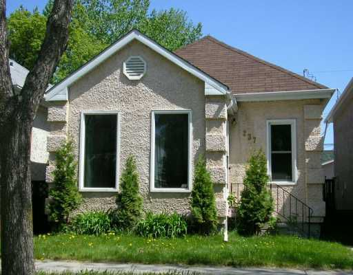 Main Photo: 237 MARJORIE Street in WINNIPEG: St James Residential for sale (West Winnipeg)  : MLS®# 2708332