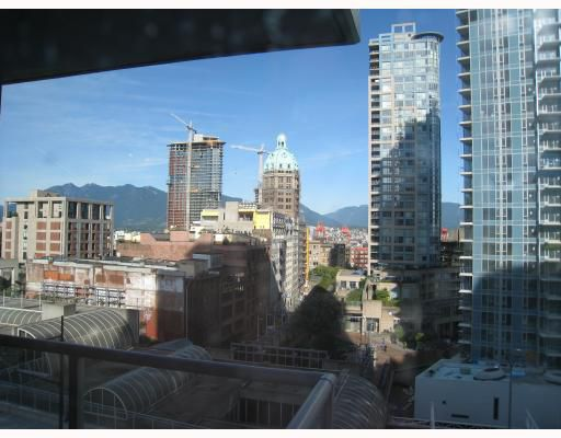 """Main Photo: 707 602 CITADEL PARADE BB in Vancouver: Downtown VW Condo for sale in """"SPECTRUM 4"""" (Vancouver West)  : MLS®# V739025"""