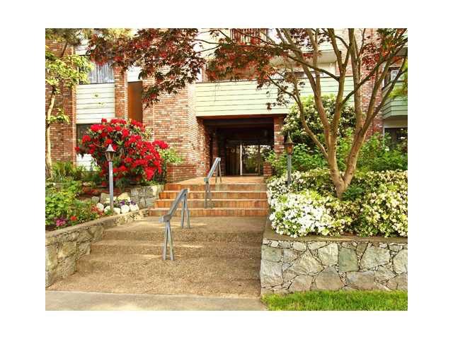 Main Photo: 107 710 E 6TH Avenue in Vancouver: Mount Pleasant VE Condo for sale (Vancouver East)  : MLS®# V833044