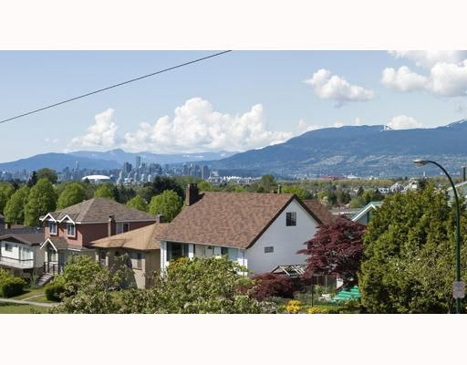 Main Photo: 3288 E 29TH Avenue in Vancouver: Collingwood VE House for sale (Vancouver East)  : MLS®# V765214