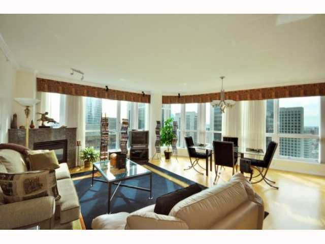 """Main Photo: 3302 1111 W PENDER Street in Vancouver: Coal Harbour Condo for sale in """"The Vantage at Marriott Pinnacle"""" (Vancouver West)  : MLS®# V792681"""