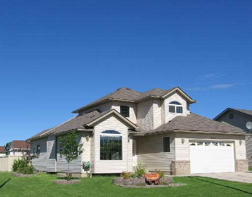 """Main Photo: 4412 HERITAGE Crescent in Fort_Nelson: Fort Nelson -Town House for sale in """"MIDTOWN"""" (Fort Nelson (Zone 64))  : MLS®# N186136"""