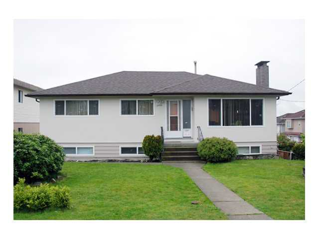 Main Photo: 5950 CLINTON Street in Burnaby: South Slope House for sale (Burnaby South)  : MLS®# V824171