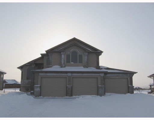 Main Photo: 70 MARINERS Trail in WSTPAUL: Middlechurch / Rivercrest Residential for sale (Winnipeg area)  : MLS®# 2900180