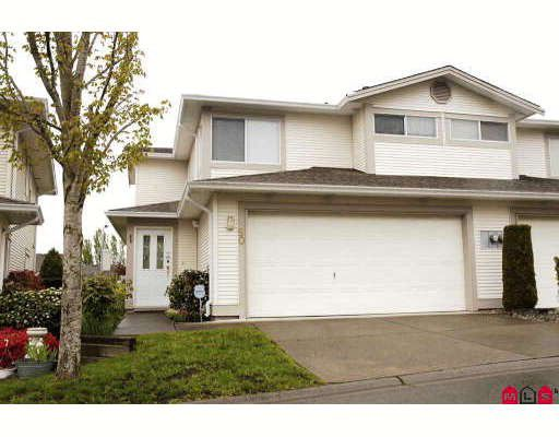 """Main Photo: 50 20881 87TH Avenue in Langley: Walnut Grove Townhouse for sale in """"KEW GARDENS"""" : MLS®# F2908770"""