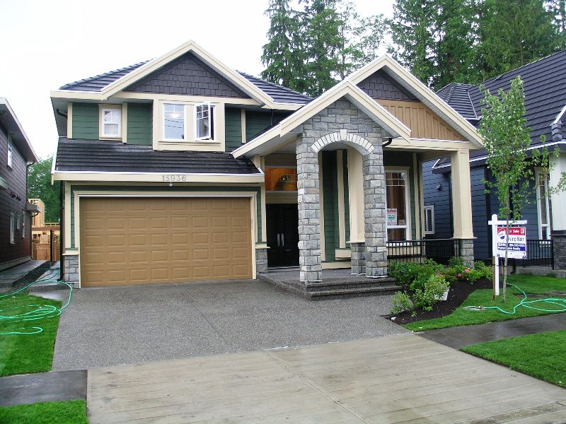 Main Photo: 15936 108TH Avenue in Surrey: Fraser Heights House for sale (North Surrey)  : MLS®# F2817982