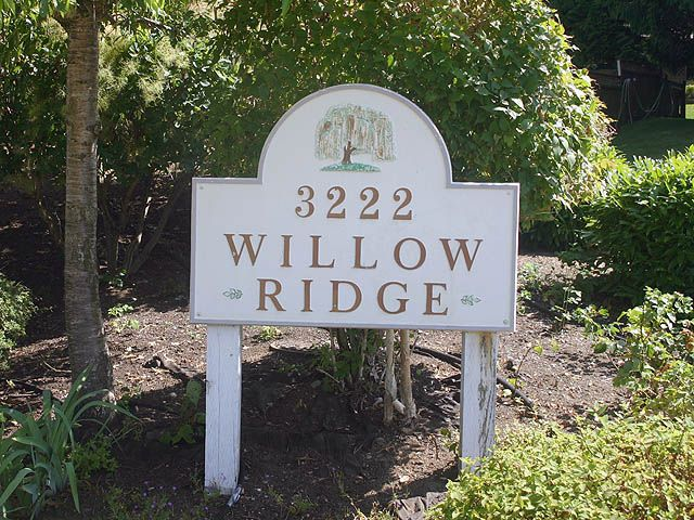 """Main Photo: 9 3222 IMMEL Street in Abbotsford: Abbotsford East Townhouse for sale in """"WILLOW RIDGE"""" : MLS®# F2916170"""