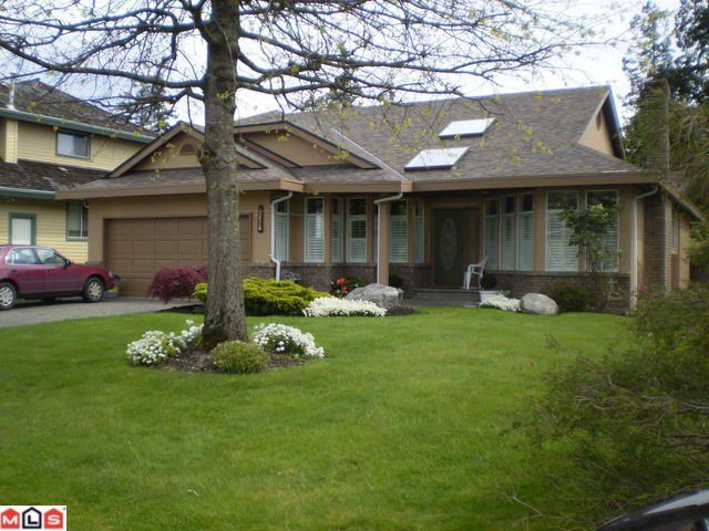 """Main Photo: 10526 ARBUTUS Wynd in Surrey: Fraser Heights House for sale in """"GLENWOOD"""" (North Surrey)  : MLS®# F1013393"""