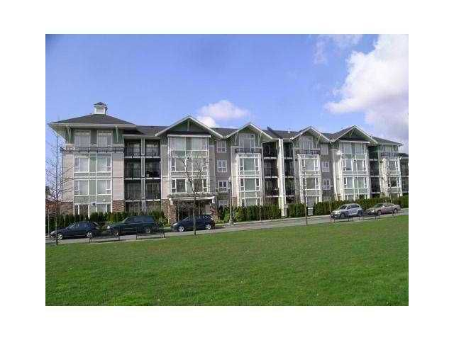 """Main Photo: 313 7089 MONT ROYAL Square in Vancouver: Champlain Heights Condo for sale in """"CHAMPLAIN VILLAGE"""" (Vancouver East)  : MLS®# V838473"""