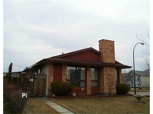 Main Photo: 102 DOBRINSKY Drive in WINNIPEG: Maples / Tyndall Park Residential for sale (North West Winnipeg)  : MLS®# 2604816