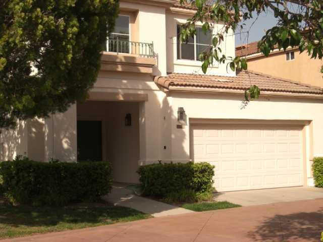 Main Photo: CHULA VISTA House for sale : 3 bedrooms : 1137 La Vida