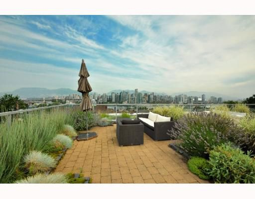 Main Photo: 1178 W 7TH Avenue in Vancouver: Fairview VW Townhouse for sale (Vancouver West)  : MLS®# V779513