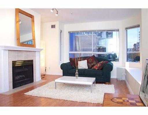 "Main Photo: 19 1388 W 6TH AV in Vancouver: Fairview VW Condo for sale in ""NOTTINGHAM"" (Vancouver West)  : MLS®# V563826"