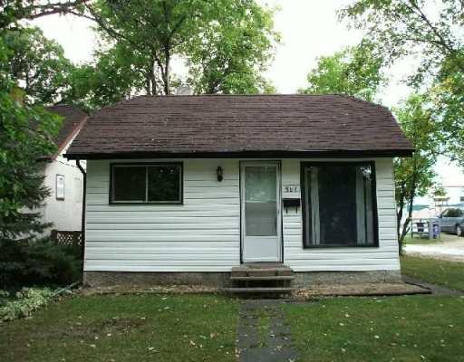 Main Photo: 587 TREMBLAY Street in WINNIPEG: St Boniface Single Family Detached for sale (South East Winnipeg)  : MLS®# 2715508