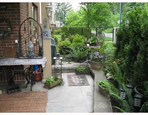 Main Photo: 104 2346 MCALLISTER Street in Port_Coquitlam: Central Pt Coquitlam Condo for sale (Port Coquitlam)  : MLS®# V757313