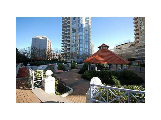 "Main Photo: 1003 739 PRINCESS Street in New Westminster: Uptown NW Condo for sale in ""BERKLEY PLACE"" : MLS®# V837380"