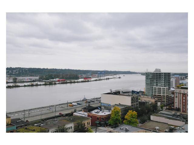 "Main Photo: 1406 39 6TH Street in New Westminster: Downtown NW Condo for sale in ""QUANTUM"" : MLS®# V851053"