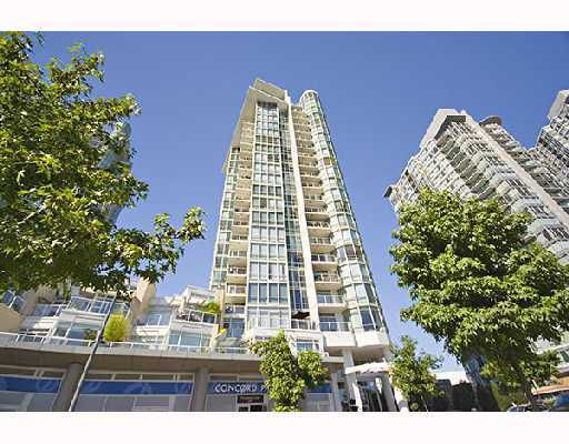 """Main Photo: 1501 1077 MARINASIDE Crescent in Vancouver: False Creek North Condo for sale in """"MARINASIDE RESORT RESIDENCES"""" (Vancouver West)  : MLS®# V739028"""