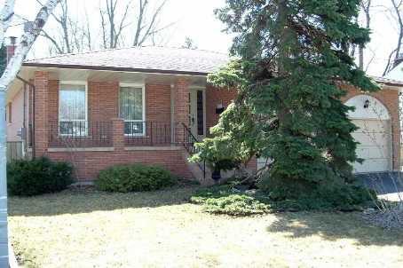 Main Photo: 15 Coronation Drive in Toronto: House (Backsplit 4) for sale (E08: TORONTO)  : MLS®# E1823441