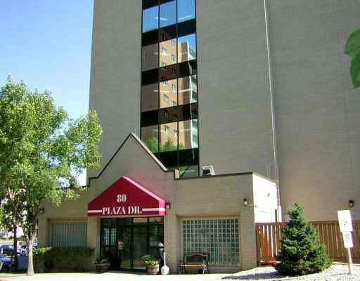 Main Photo: 80 Plaza Drive in WINNIPEG: Fort Garry / Whyte Ridge / St Norbert Condominium for sale (South Winnipeg)  : MLS®# 2916260