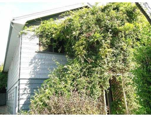 Main Photo: 3623 ADANAC ST in Vancouver: Renfrew VE House for sale (Vancouver East)  : MLS®# V612545