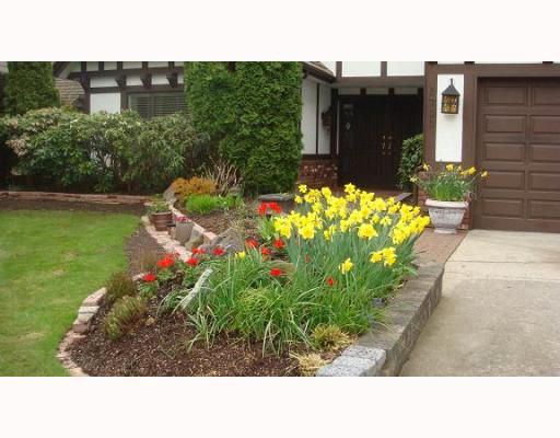 """Main Photo: 6700 WHITEOAK Drive in Richmond: Woodwards House for sale in """"PARKLANE WEST"""" : MLS®# V761537"""