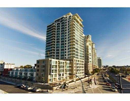 """Main Photo: 604 125 MILROSS Avenue in Vancouver: Mount Pleasant VE Condo for sale in """"Creekside"""" (Vancouver East)  : MLS®# V770481"""