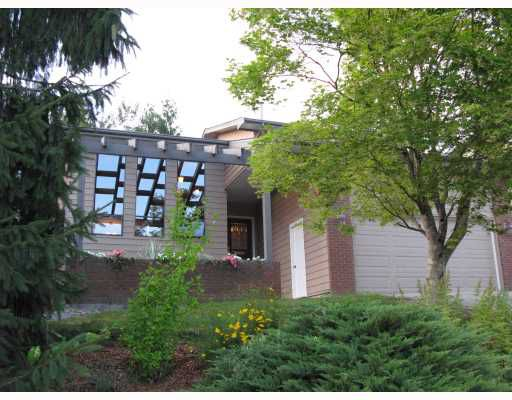 "Main Photo: 1352 LANSDOWNE Drive in Coquitlam: Upper Eagle Ridge House for sale in ""UPPER EAGLE RIDGE"" : MLS®# V780353"