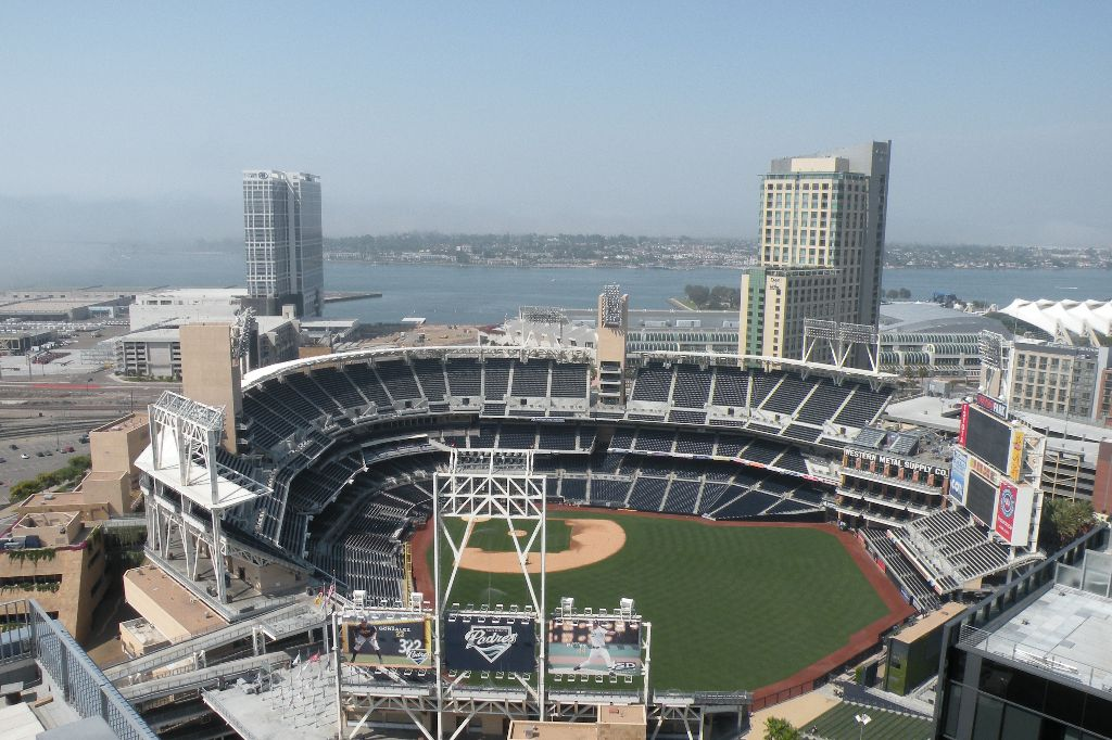 Main Photo: DOWNTOWN Condo for sale : 1 bedrooms : 321 10th Avenue ##205 in San Diego