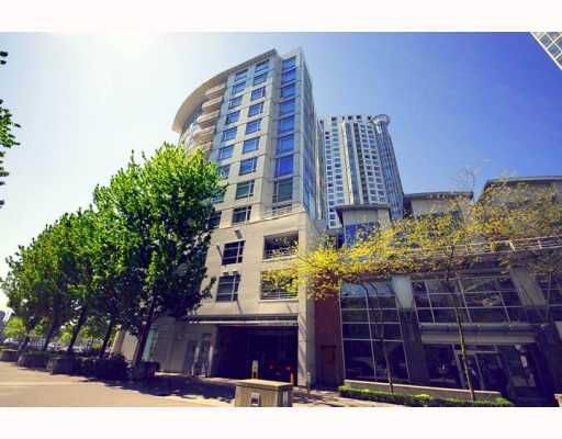"Main Photo: 603 1199 MARINASIDE Crescent in Vancouver: False Creek North Condo for sale in ""AQUARIUS 1"" (Vancouver West)  : MLS®# V767432"