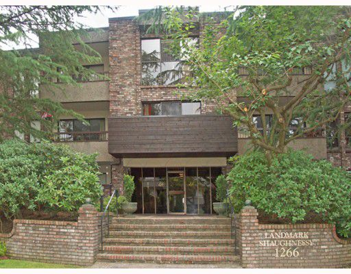 """Main Photo: 102 1266 W 13TH Avenue in Vancouver: Fairview VW Condo for sale in """"LANDMARK SHAUGHNESSY"""" (Vancouver West)  : MLS®# V777967"""