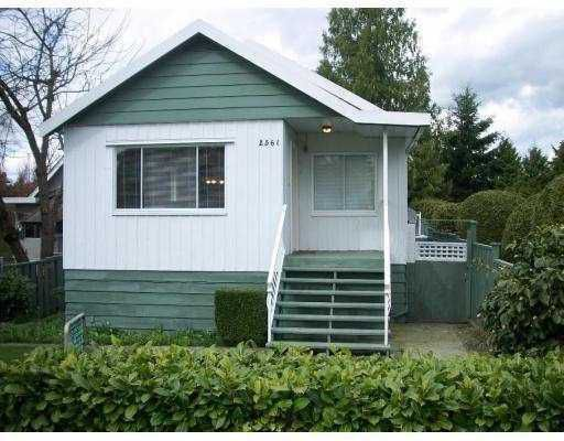 Main Photo: 2561 E 27TH Avenue in Vancouver: Collingwood VE House for sale (Vancouver East)  : MLS®# V804983