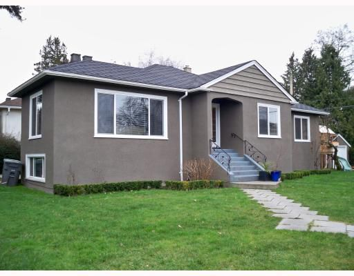 Main Photo: 3830 VALLEY Drive in Vancouver West, Arbutus: Arbutus House for sale (Vancouver West)  : MLS®# V806170