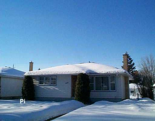 Main Photo:  in WINNIPEG: East Kildonan Single Family Detached for sale (North East Winnipeg)  : MLS®# 2603586