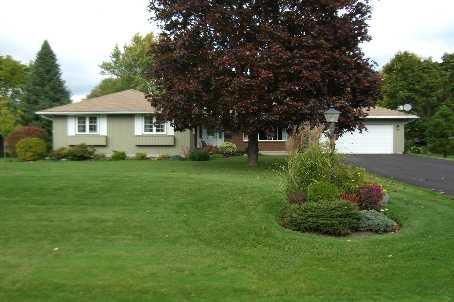 Main Photo: 2 Park Lane in Ramara: House (Bungalow) for sale (X17: ANTEN MILLS)  : MLS®# X1724981