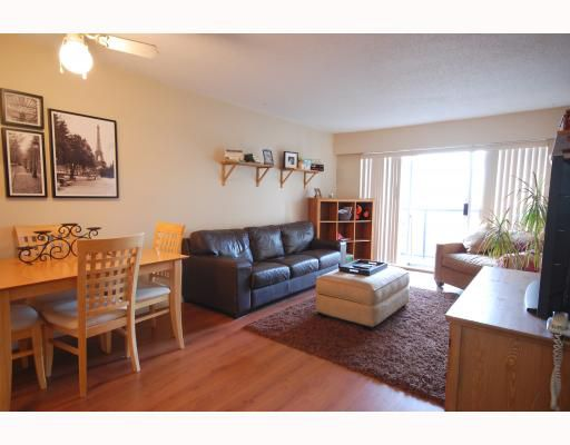 "Main Photo: 106 230 MOWAT Street in New Westminster: Uptown NW Condo for sale in ""HILLPOINTE"" : MLS®# V802936"