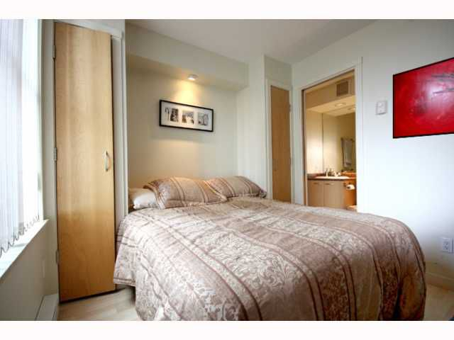 """Main Photo: 601 989 RICHARDS Street in Vancouver: Downtown VW Condo for sale in """"THE MONDRIAN"""" (Vancouver West)  : MLS®# V818357"""