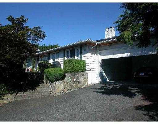 Main Photo: 881 FARMLEIGH RD in West Vancouver: British Properties House for sale : MLS®# V549197