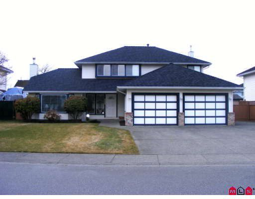 """Main Photo: 3357 198TH Street in Langley: Brookswood Langley House for sale in """"MEADOWBROOK"""" : MLS®# F2903404"""