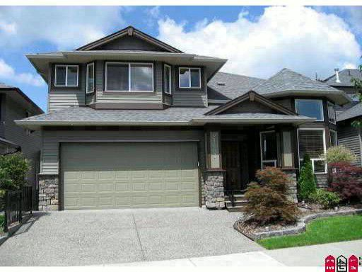 """Main Photo: 21683 90A Avenue in Langley: Walnut Grove House for sale in """"Madison Park"""" : MLS®# F2922755"""
