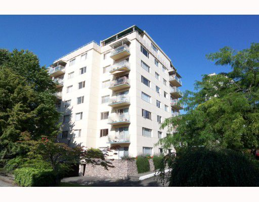 """Main Photo: 102 2409 W 43RD Avenue in Vancouver: Kerrisdale Condo for sale in """"BALSAM COURT"""" (Vancouver West)  : MLS®# V775130"""